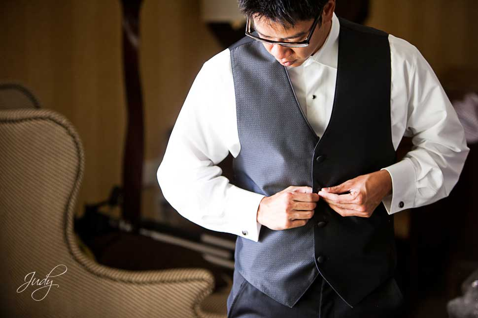 Huntington Hyatt Wedding Preparation Groom