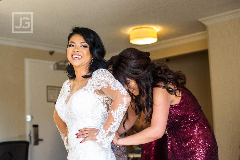 Embassy Suites Anaheim Orange Wedding Preparation