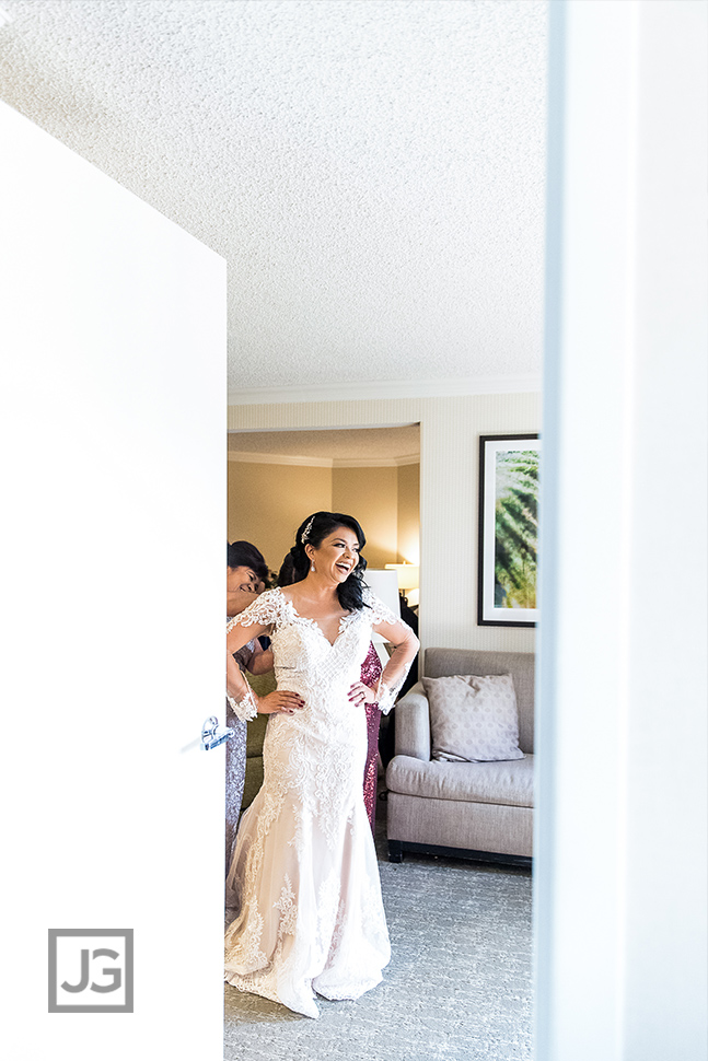Embassy Suites Anaheim Orange Wedding Preparation