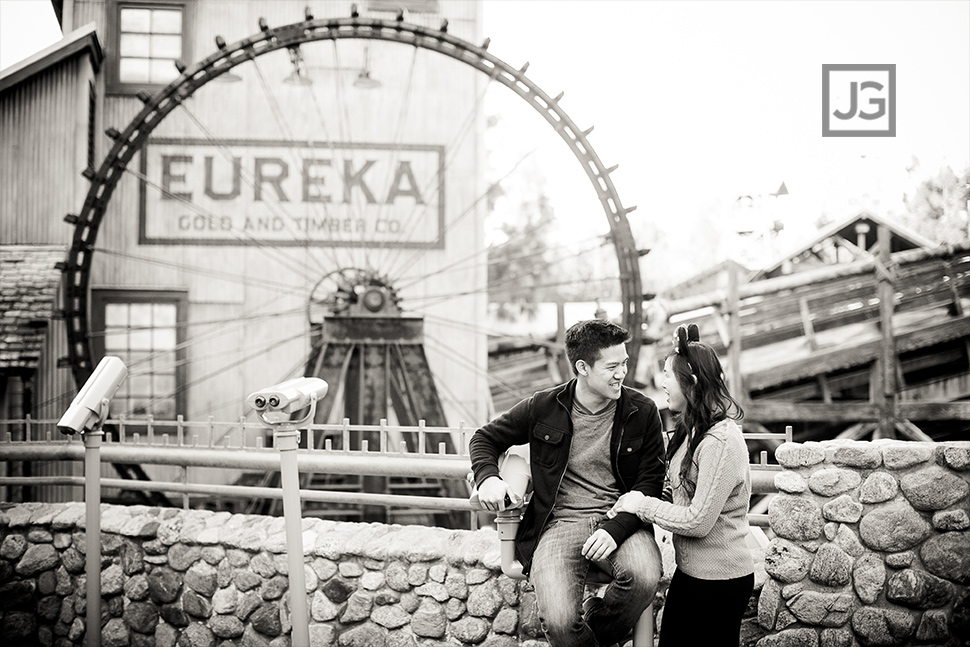 Engagement photos at California Adventures