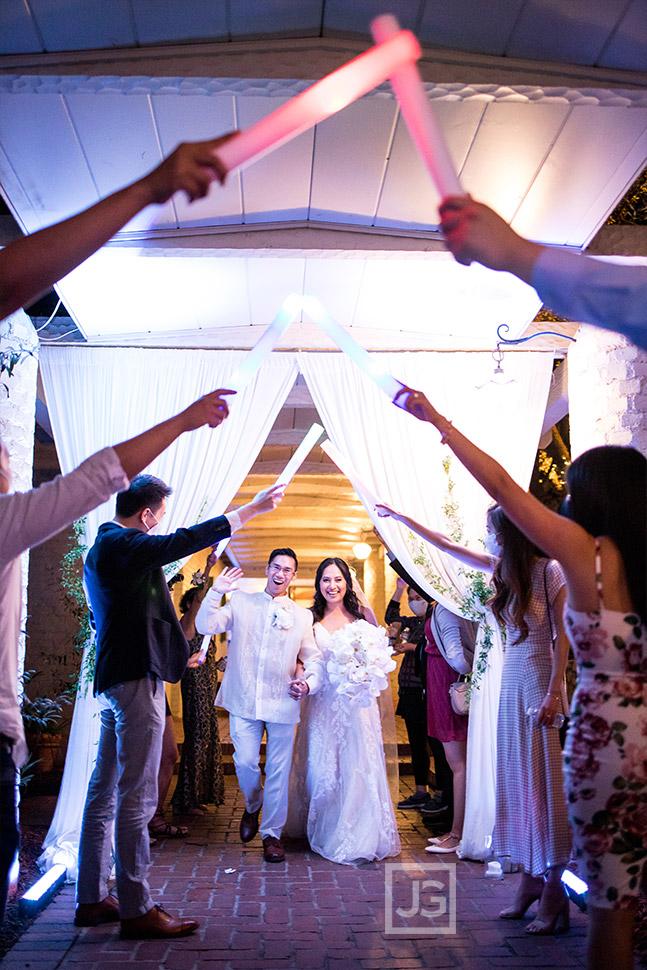 Micro Wedding Grand Exit