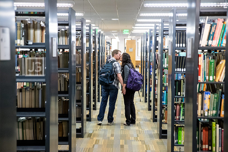Engagement Photos Cal Poly Pomona Library