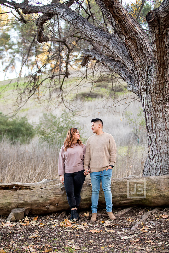 Bonelli Park Engagement Photography with a Log
