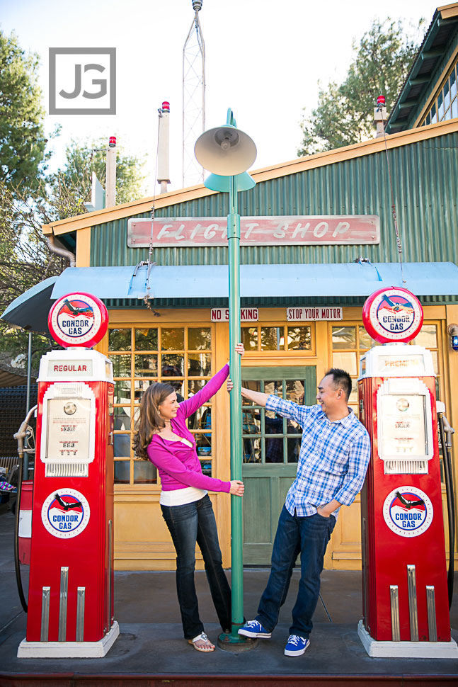 Disneyland-Engagement-Photography-0005-2