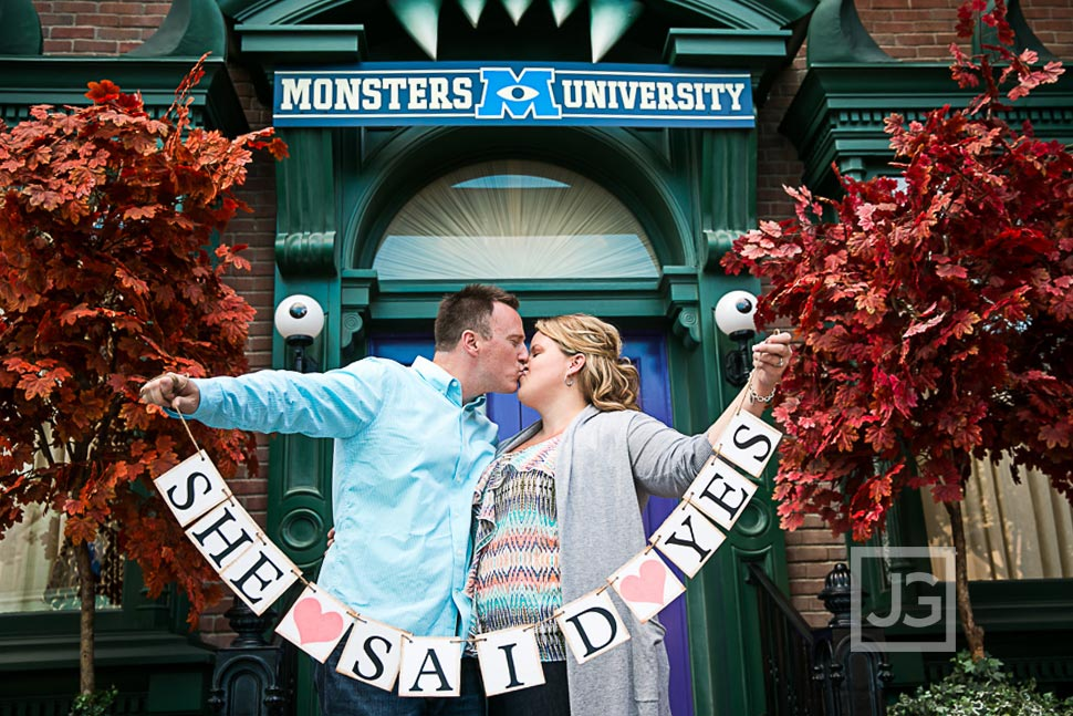 Disneyland-Engagement-Photography-0010