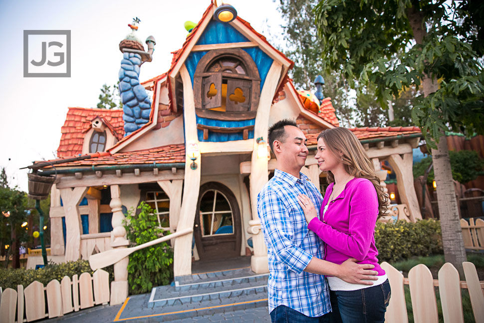 Disneyland-Engagement-Photography-0034
