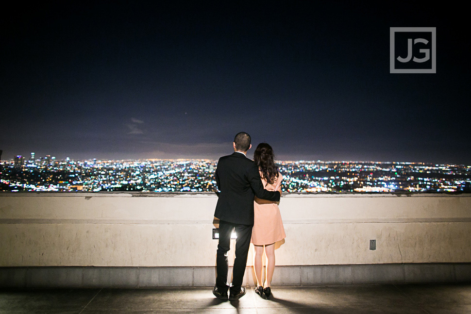 Griffith-observatory-engagement-photography-0001