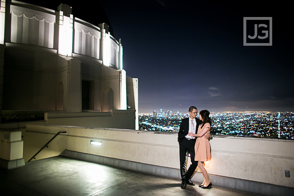 Griffith-observatory-engagement-photography-0002