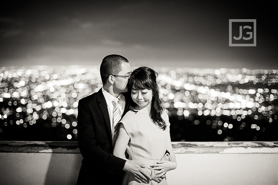 Griffith-observatory-engagement-photography-0004