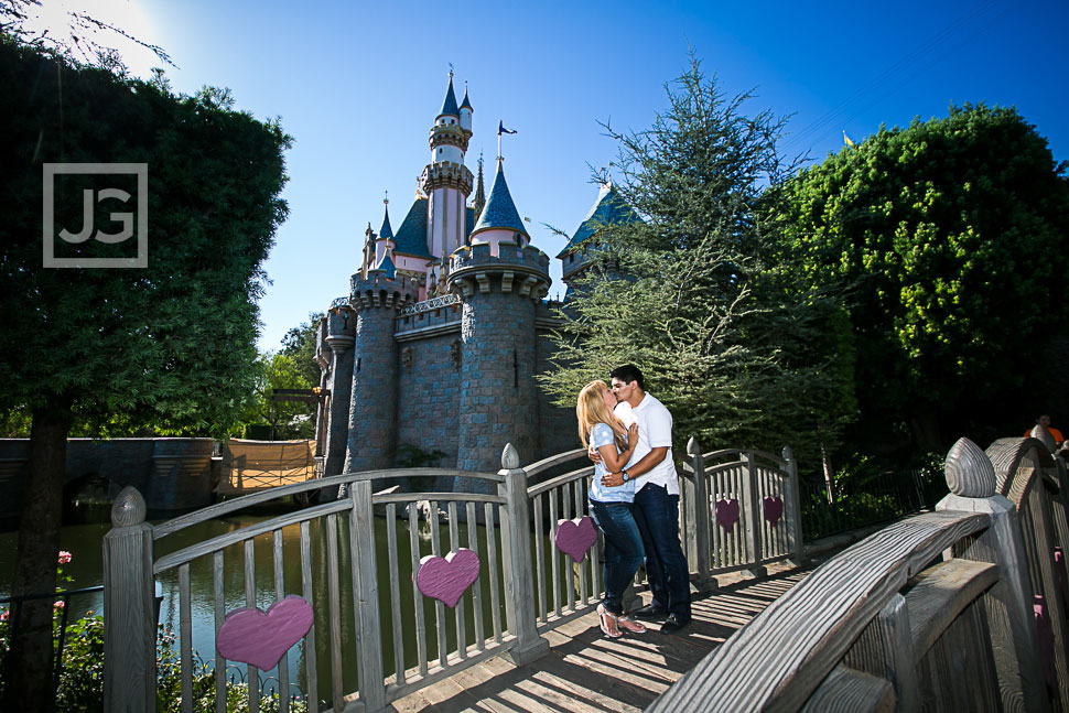 disneyland-engagement-photography-0001