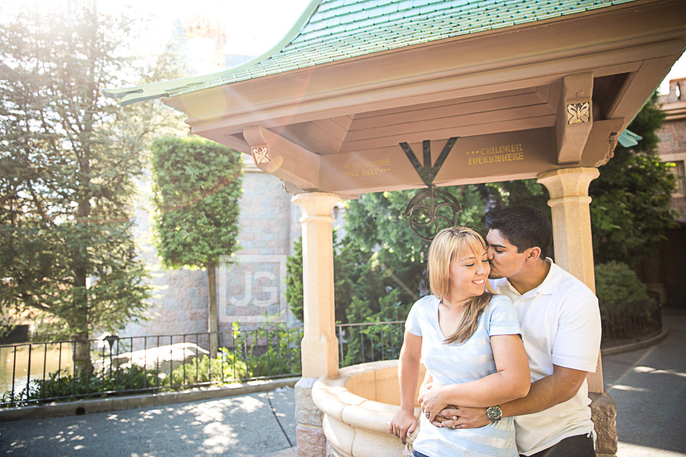 disneyland-engagement-photography-0003