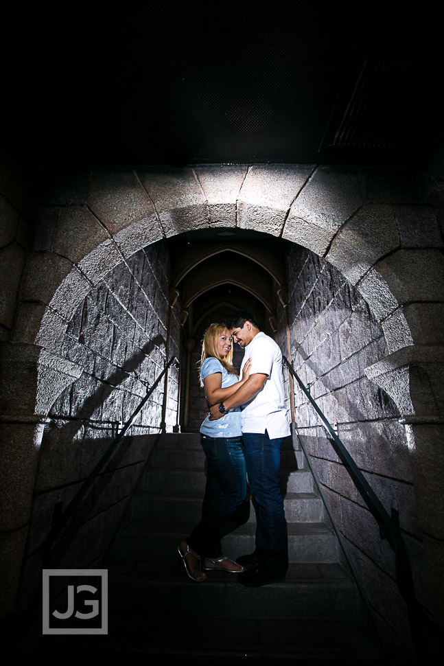 disneyland-engagement-photography-0004