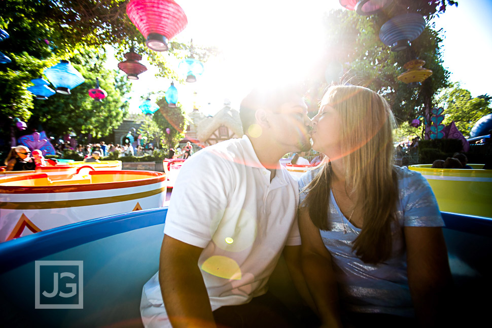 disneyland-engagement-photography-0006