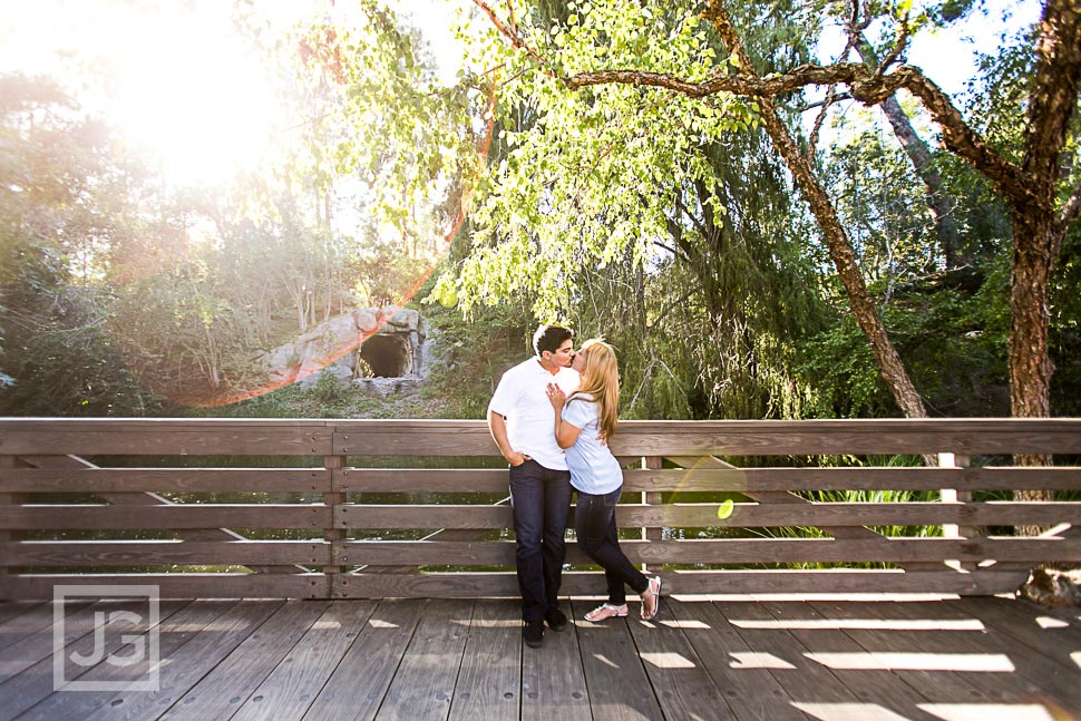 disneyland-engagement-photography-0008