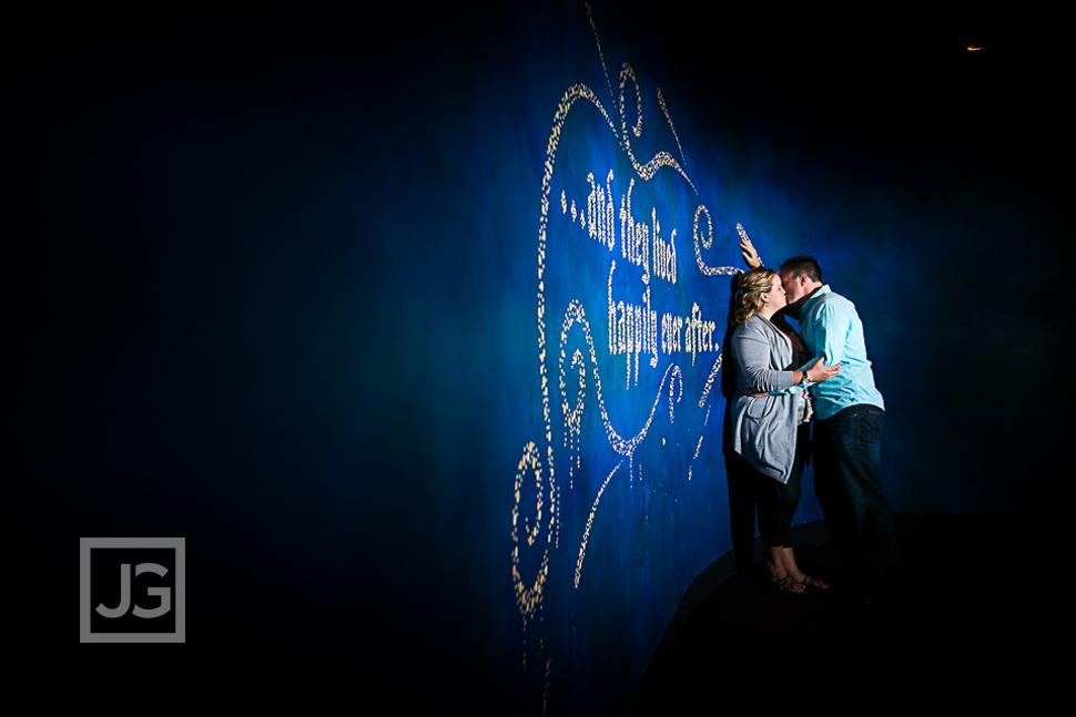 disneyland-engagement-photography-0009