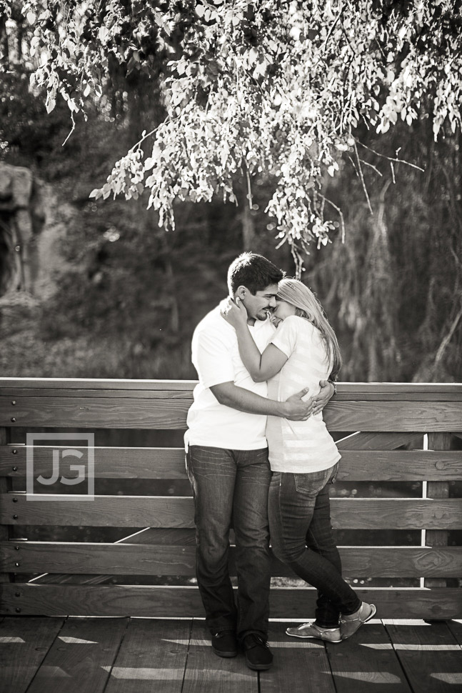 disneyland-engagement-photography-0009