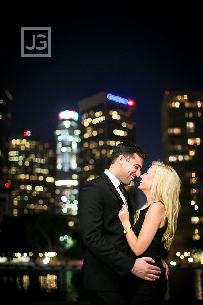 downtown-la-night-engagement-photography-0002