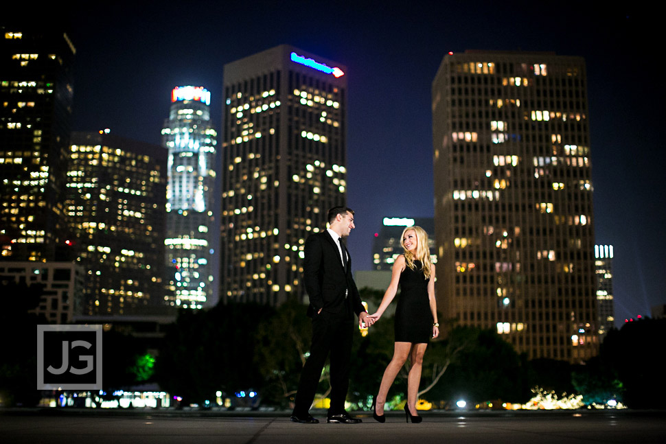 downtown-la-night-engagement-photography-0005