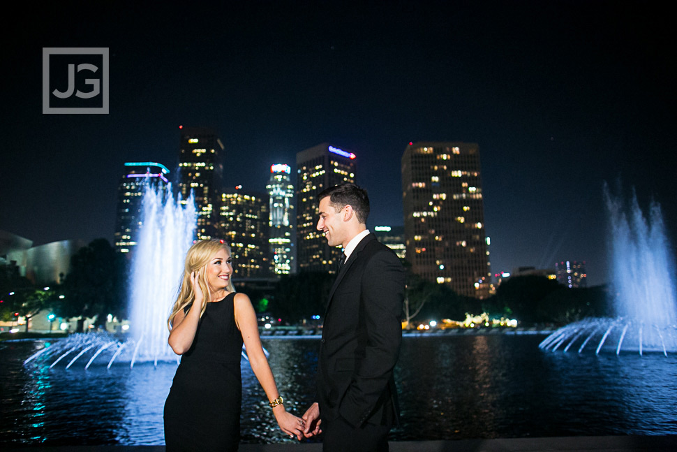 downtown-la-night-engagement-photography-0008