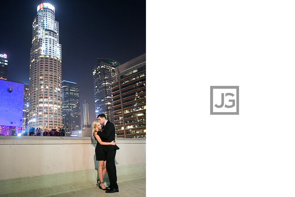 downtown-la-night-engagement-photography-0027