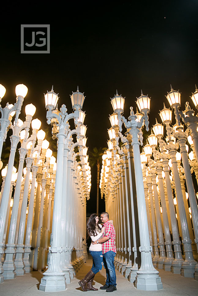 downtown-los-angeles-engagement-photography-0002