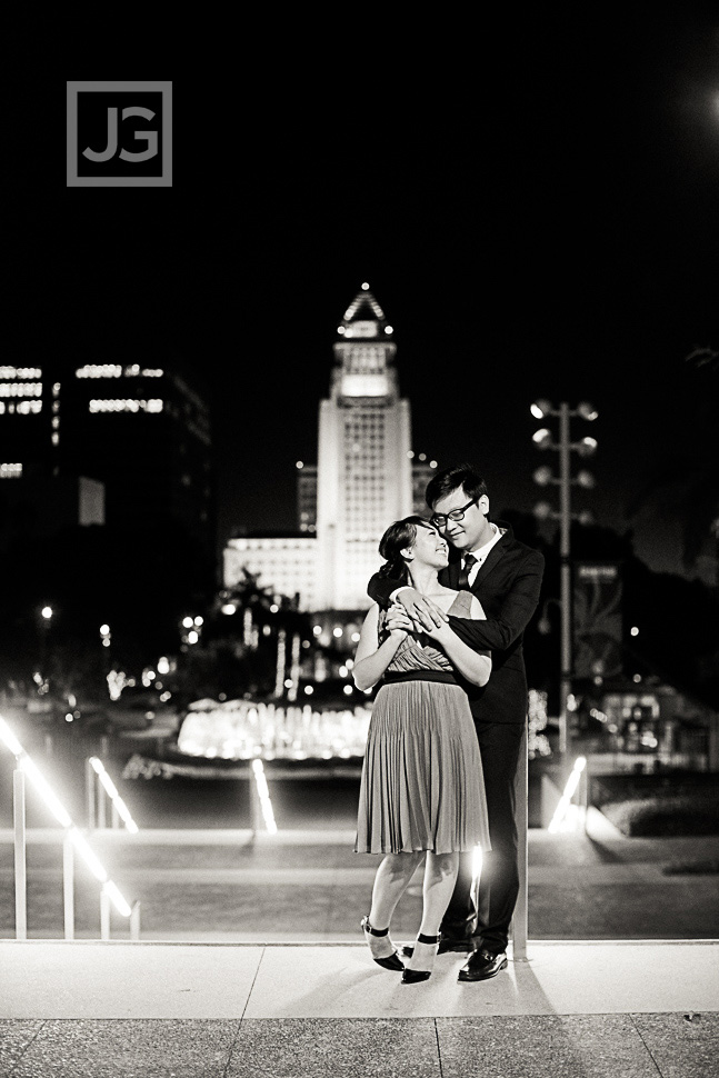 downtown-los-angeles-engagement-photography City Hall