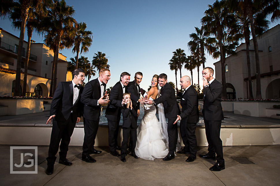 Bride with the Groomsmens