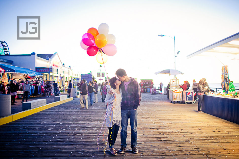 Santa Monica Pier Engagement Photos with Balloons