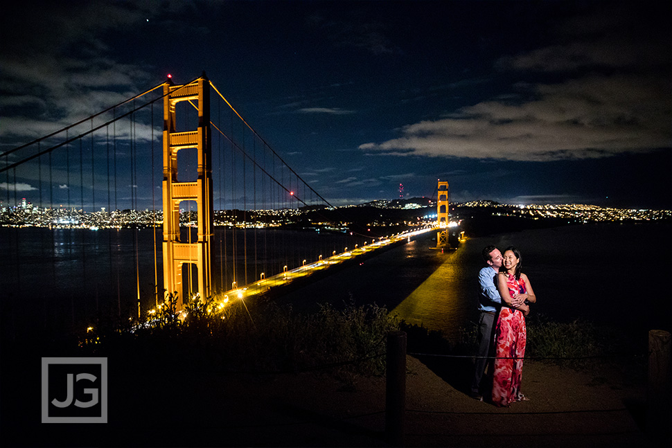 Golden Gate Bridge engagement photography