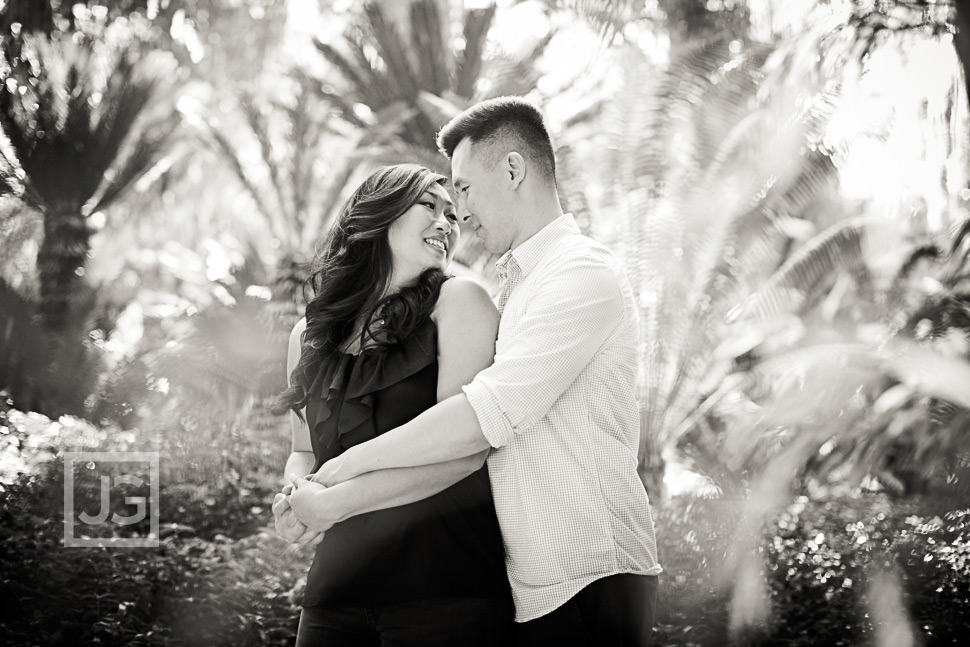 la-arboretum-engagement-photography-0003