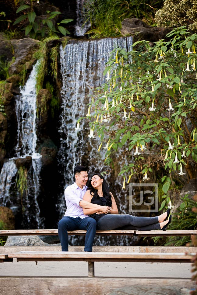 la-arboretum-engagement-photography-0009