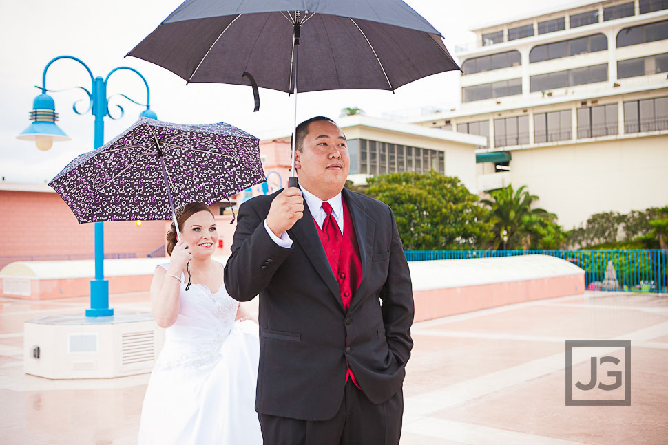 La Jolla Cove Suites Wedding First Look