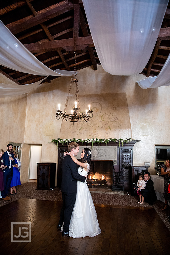 La Venta Inn First Dance