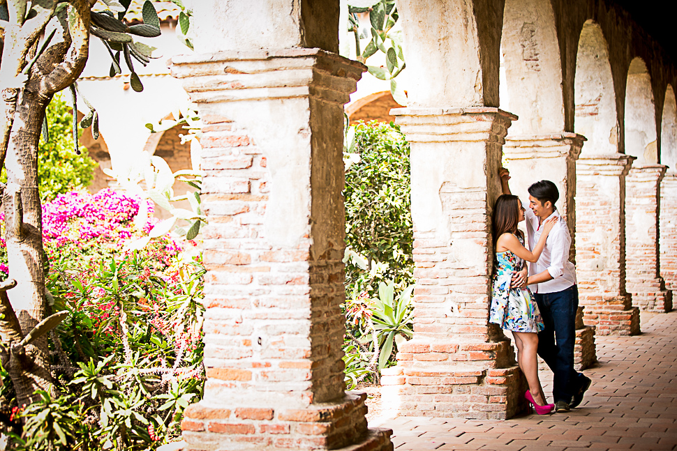 mission-san-juan-capistrano-engagement-photography-0017