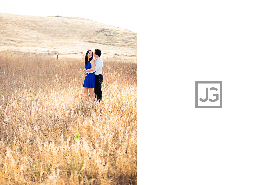 open-field-engagement-photography-0003