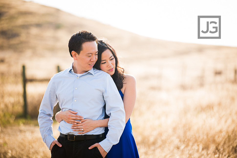 open-field-engagement-photography-0012