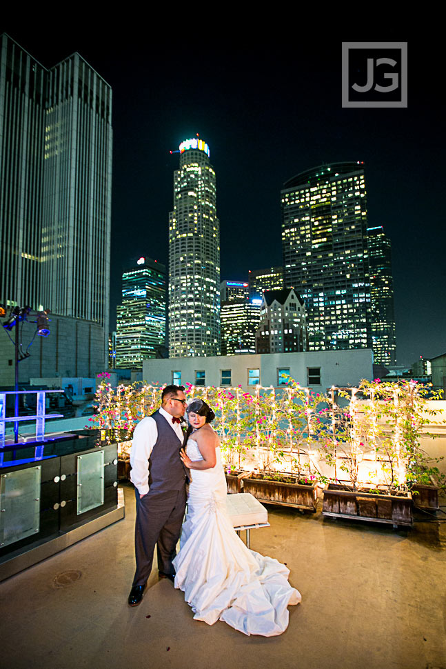 oviatt-penthouse-la-wedding-photography-0068