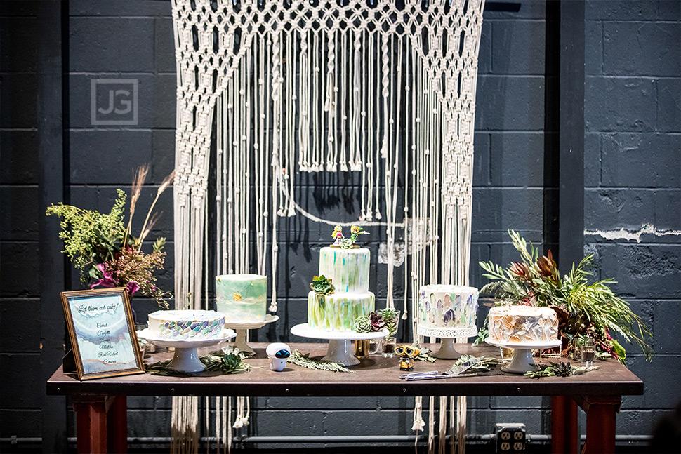 Smog Shoppe Wedding Cakes