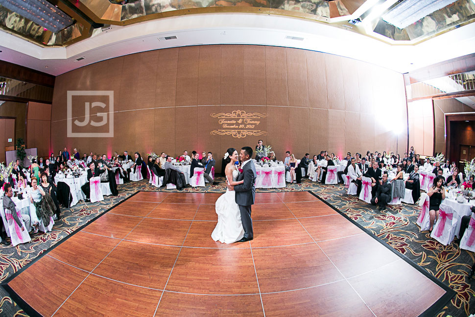 universal-city-hilton-wedding-photography-0100
